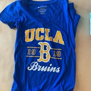 UCLA Bruins Blue V-Neck Short Sleeve Graphic Tee